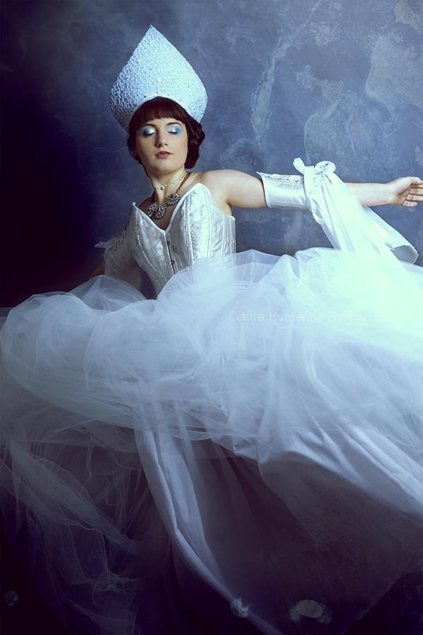portrait-art-givre-anastasia-par-cecile-humenny-photographe-toulouse-mini-seance
