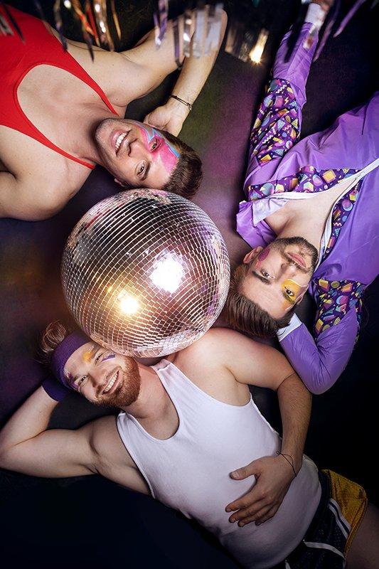 seance-photo-homme-coach-sportif-toulouse-disco-art-trio